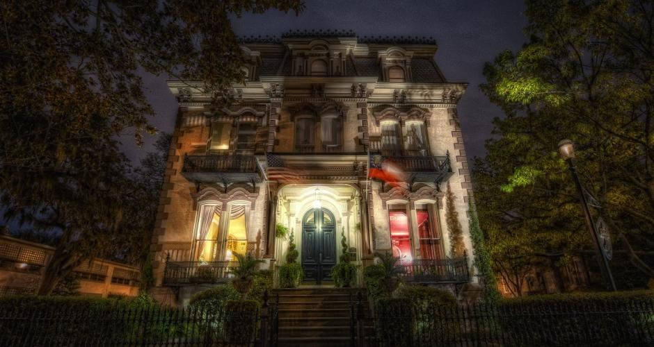The 6 Most Haunted Places In Savannah That You Can