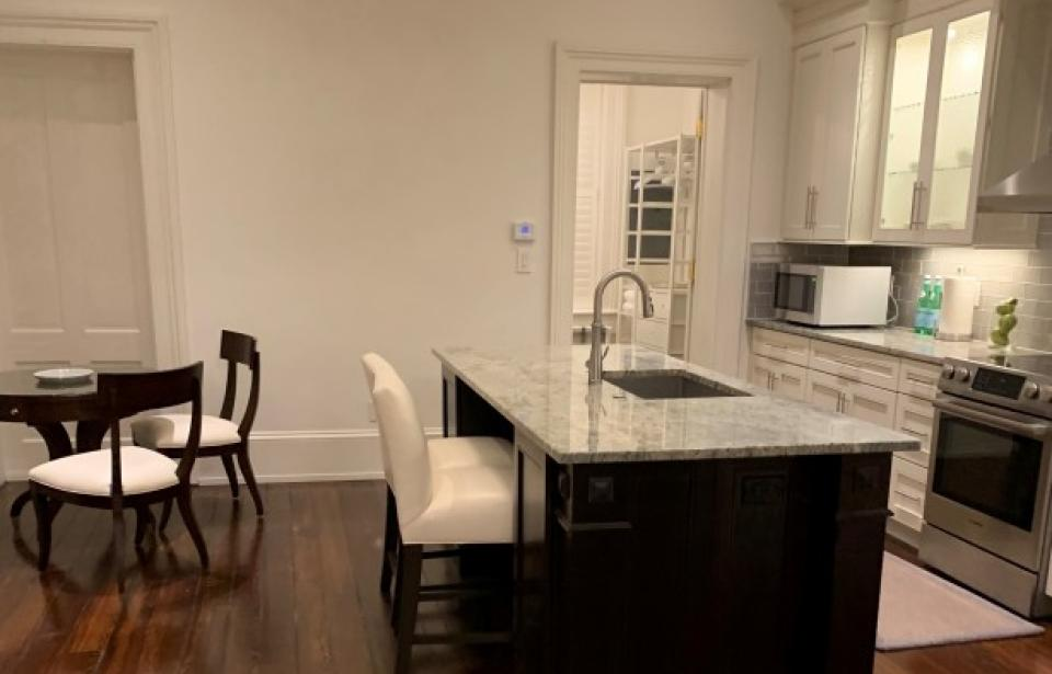 Pearl Suite Kitchen/Dining