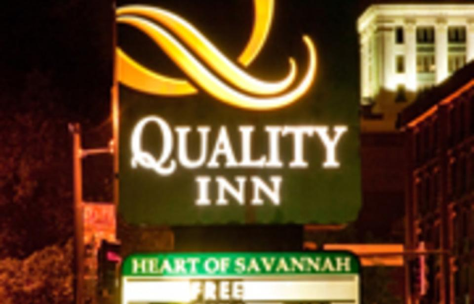 26102_107_Quality Inn Heart of Savannah_VS Enhanced Listing.jpg