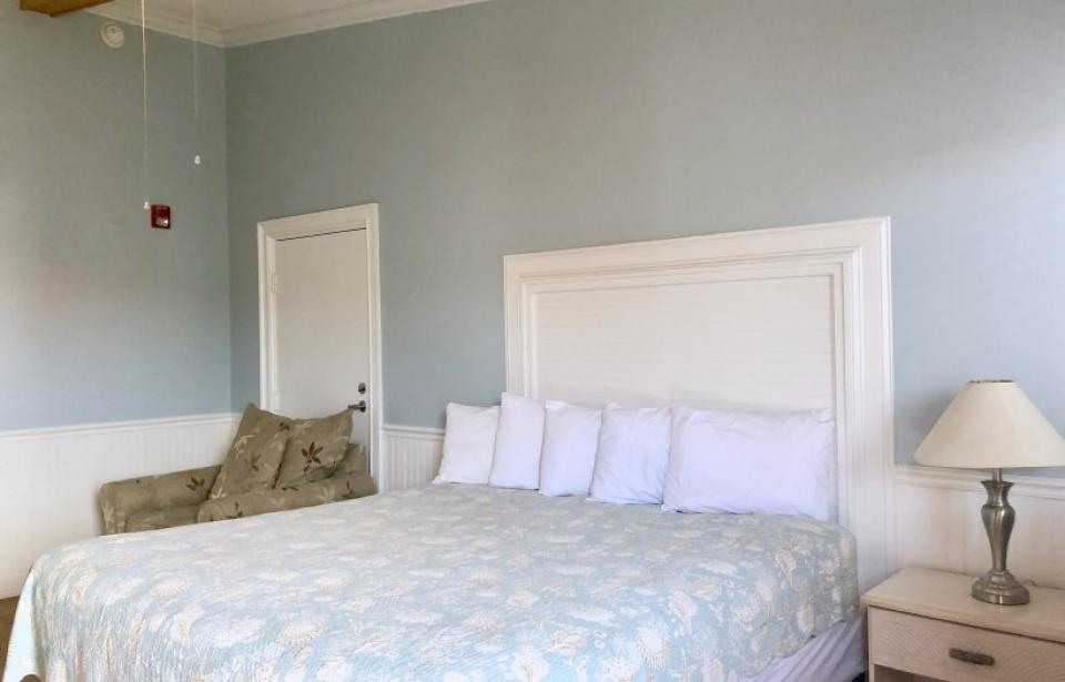 King Room - King Size Bed