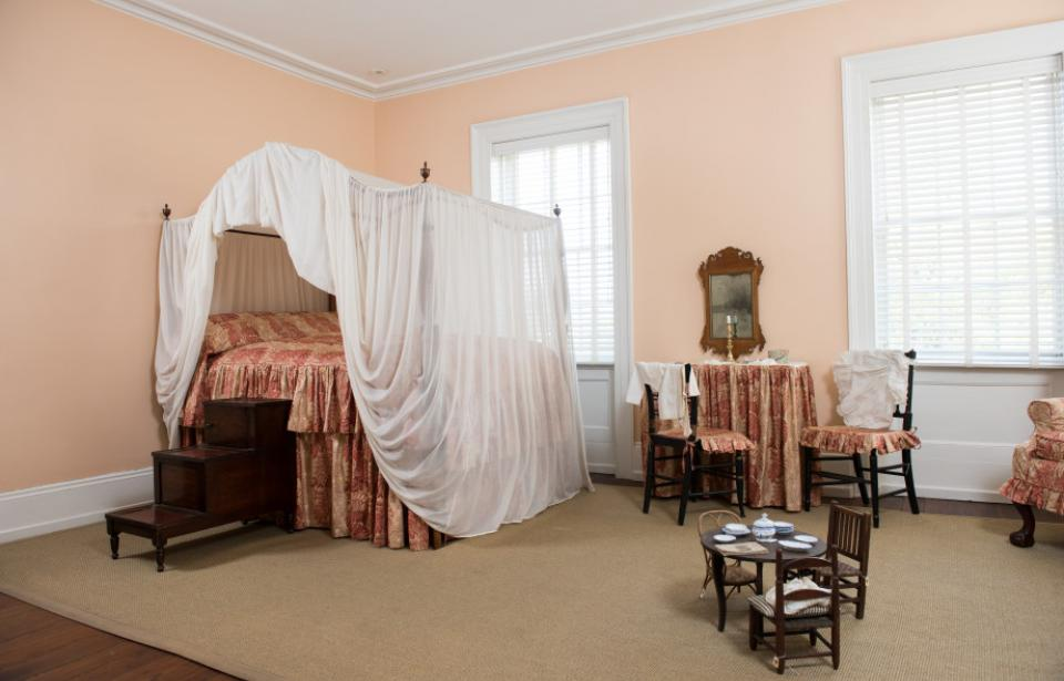 Cornelia's Bedroom - The Davenport House tells the story of the 1820s in Savannah through the household of master builder Isaiah Davenport.  This room is that of the Davenport's only surviving daughter Cornelia who lived in the room in the 1820s.