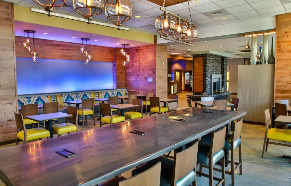 Our dining room offers ample space to gather with family or colleagues.