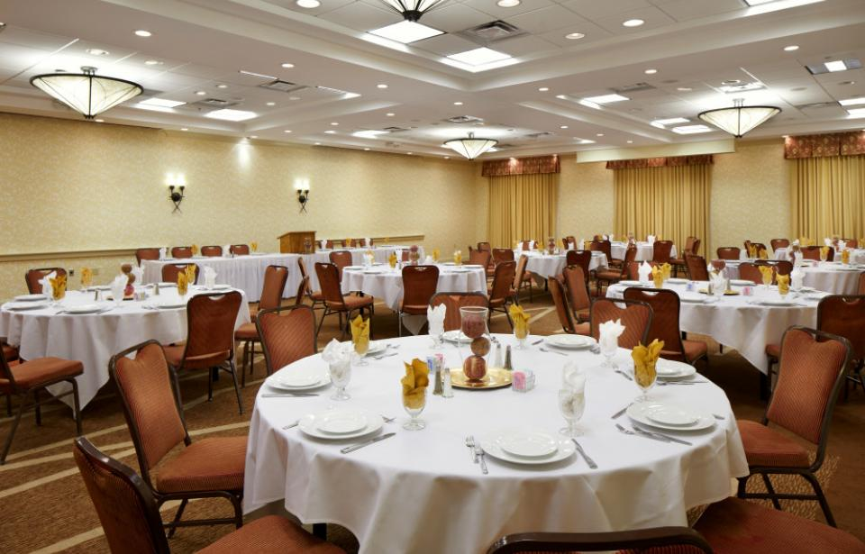 Mercer Ballroom - At nearly 3,200 square feet, our Mercer Ballroom can accommodate up to 400 guests.
