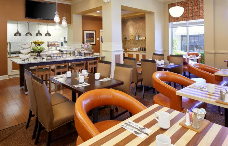 Breakfast - The Garden Grille offers a full, cooked-to-order breakfast, seven days a week.