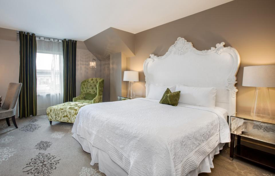 Standard Guestroom - Step out of the scene and find a cozy spot in style. A little old-world mansion mixed with modern amenities greets you at the door and begs you to stay a while.