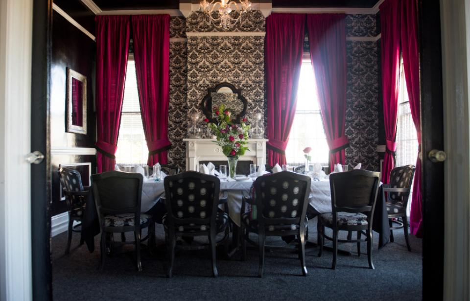 Livs Room - Upstairs private dining room up to 16 people