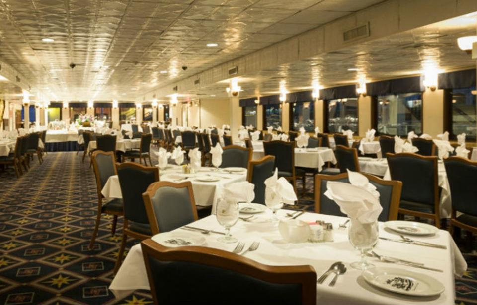 Savannah River Queen - Ball Room