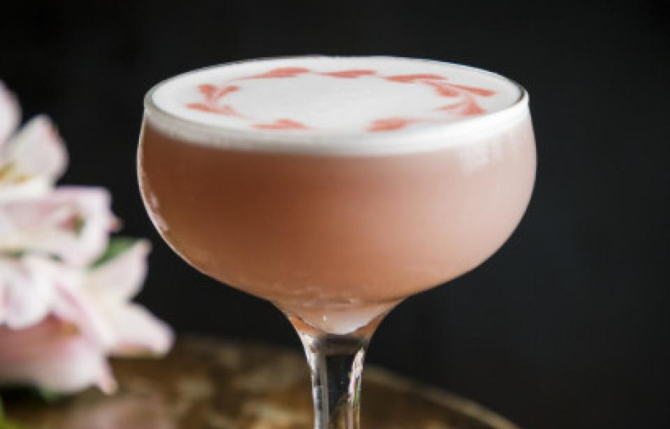Pink Lady cocktail - Pink Lady cocktail