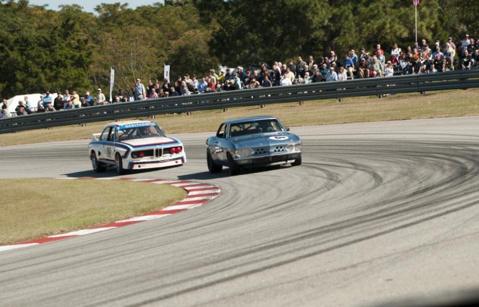 Wheel to Wheel Racing - Featured race groups, Pre War Racecars, and all-things speed, the Savannah Speed Classic bring wheel to wheel racing, to Savannah's very own race track.