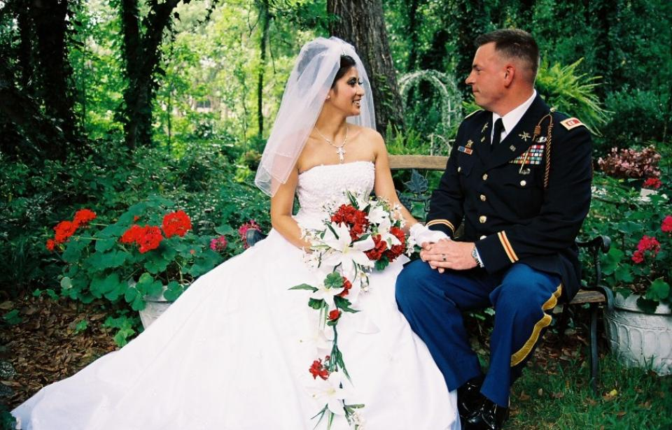 Gazebo Weddings of Savannah - Specializing in military weddings, honoring our active military with discounts