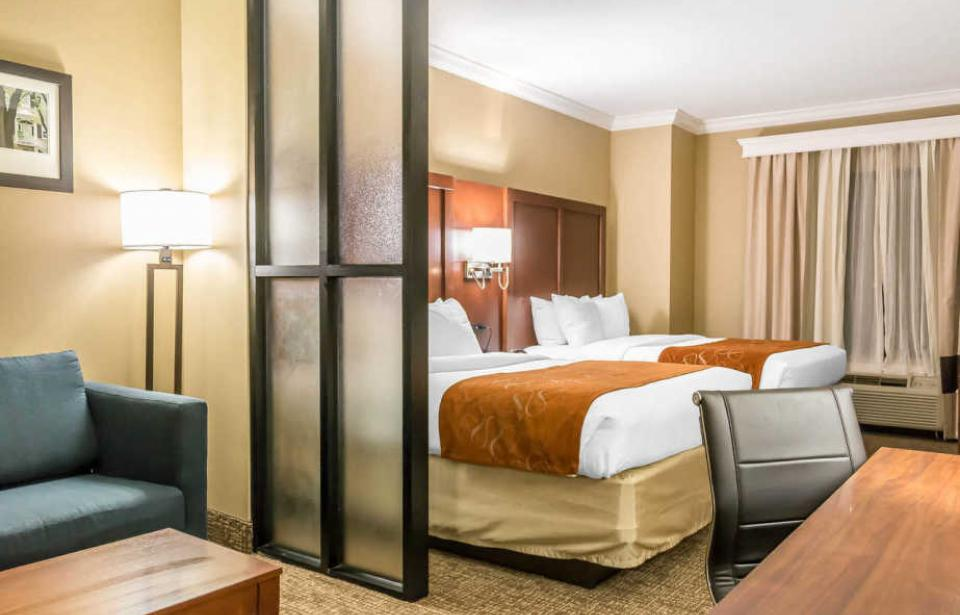 Double Queen Suite - Our spacious Double Queen Bed Suites offer that extra space needed for todays savvy travelers.