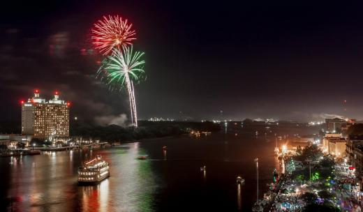 Fireworks on River Street Savannah