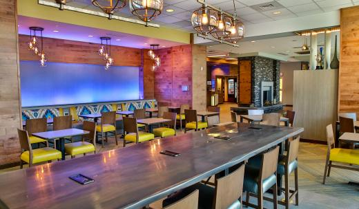 Dining at Fairfield Inn & Suites Savannah Midtown
